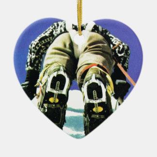 Climbing high ceramic heart decoration