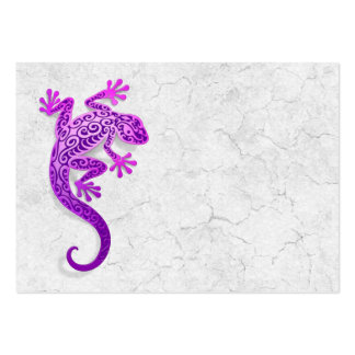 Climbing Purple Gecko on a White Wall Pack Of Chubby Business Cards