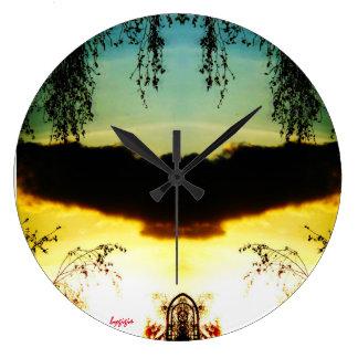 Clock approximately mystery bygigis