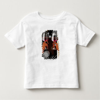 Close-up of a couple's toasting with wine glasses toddler T-Shirt