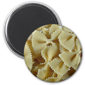 Close-up of bow-tie pasta shells Photo 6 Cm Round Magnet