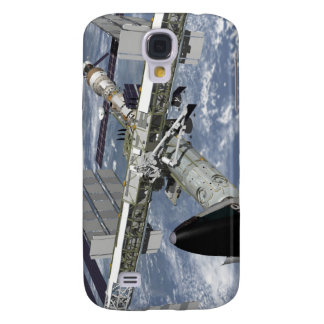 Close up view of the Shuttle docked Galaxy S4 Case