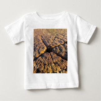 close up wood baby T-Shirt
