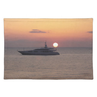 Cloth placemat,, yellow back, sunrise on the front placemat