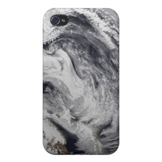 Cloud simulation of a single day iPhone 4 cover