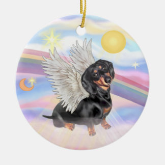 Clouds - Dachshund Angel (black/tan) Round Ceramic Decoration