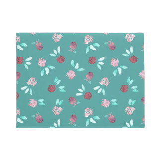 Clover Flowers 18'' x 24'' Door Mat
