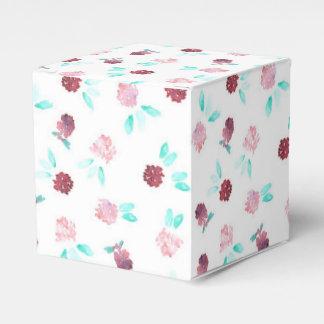 Clover Flowers Classic Favor Box