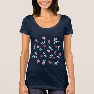 Clover Flowers Women's Scoop Neck T-Shirt