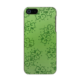 Clover Over and Over Incipio Feather® Shine iPhone 5 Case