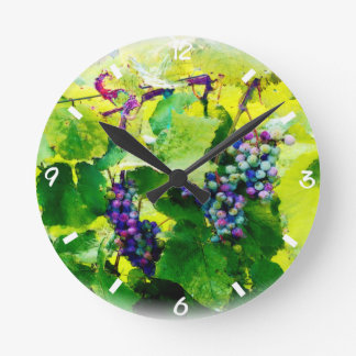 clusters of grapes 17 clock