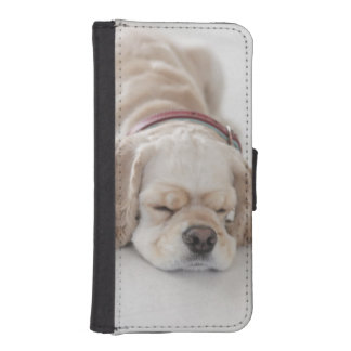 Cocker spaniel dog sleeping iPhone 5 wallet cases