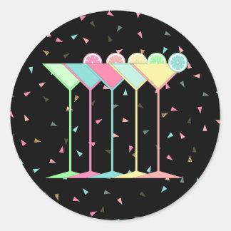 Cocktail Stickers, Martini's and Confetti in black Round Sticker