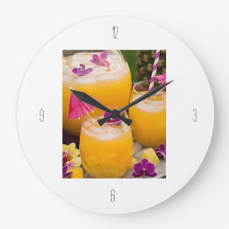 **COCKTAIL TIME** FUN CLOCK FOR YOUR HOME