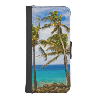 Coconut palm trees (Cocos nucifera) swaying in iPhone SE/5/5s Wallet Case