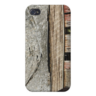 Collapsing Barn Case For iPhone 4