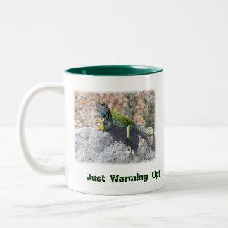 Collared Lizard Two-Tone Coffee Mug