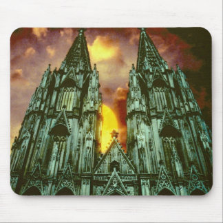 Cologne Cathedral with sun Mouse Mat