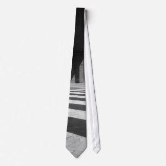 Colonnade Tie