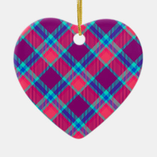 Color tartan texture ceramic heart decoration