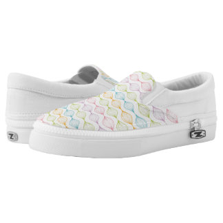 Colorful horizontal ogee pattern printed shoes