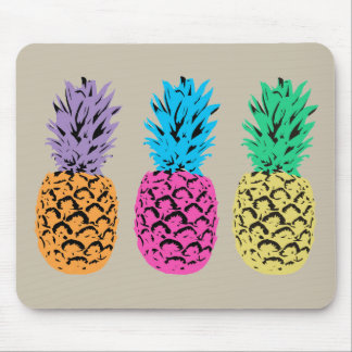 Colorful illustrated Pineapples Mouse Mat