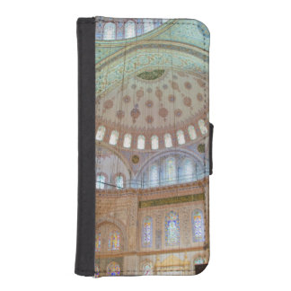 Colorful interior domed ceiling of Blue Mosque iPhone SE/5/5s Wallet Case
