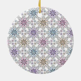 Colorful interlocking bicycle, wow! round ceramic decoration