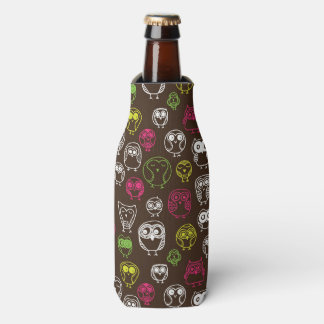Colorful owl doodle background pattern bottle cooler