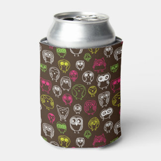 Colorful owl doodle background pattern can cooler
