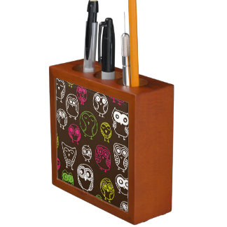 Colorful owl doodle background pattern desk organiser