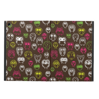 Colorful owl doodle background pattern iPad air cover