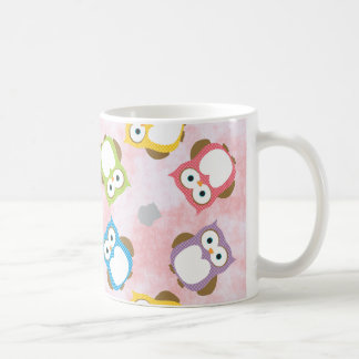 Colorful Owl pattern on a Pink Background Mug