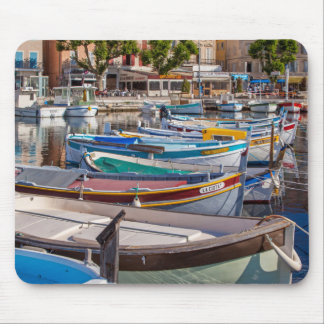 Colorful sailboats mouse mat