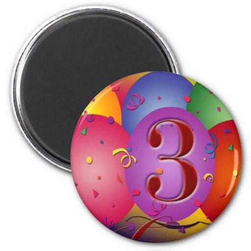 Colourful 3rd birthday balloon 6 cm round magnet