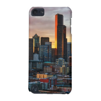 Columbia center and downtown Seattle, Seattle iPod Touch 5G Covers