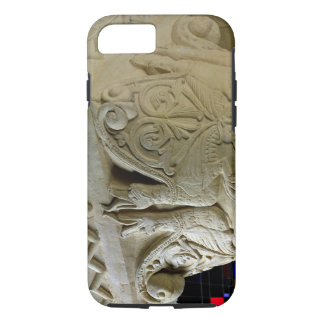 Column capital bearing symmetrically arranged grot iPhone 8/7 case