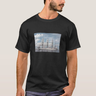 Comfortable, Loose Fitting Ship Printing T-Shirt