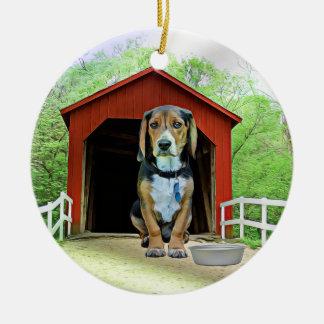 Comical Sandy Creek Covered Bridge Dog House Round Ceramic Decoration