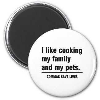 Commas Save Lives 6 Cm Round Magnet