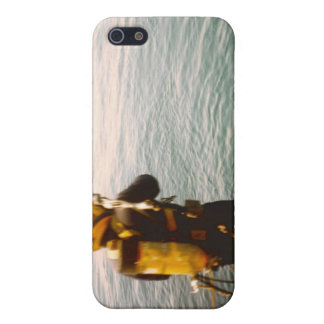 Commercial Diver Splashing In iPhone 5/5S Covers