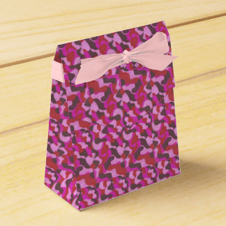 composition in rose party favour box