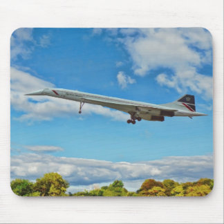 Concorde on Finals Mouse Mat