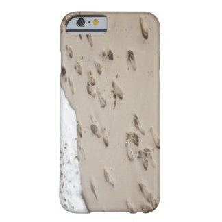 Confused Footsteps in the sand Barely There iPhone 6 Case