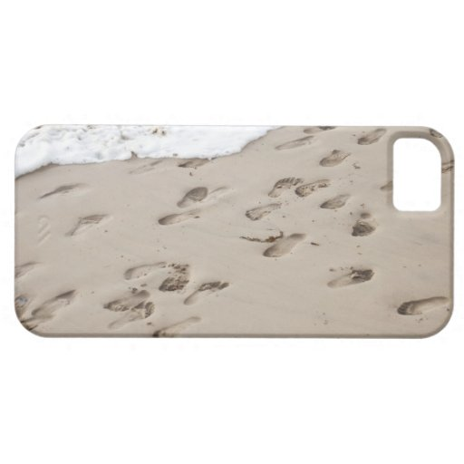 Confused Footsteps in the sand iPhone 5 Case