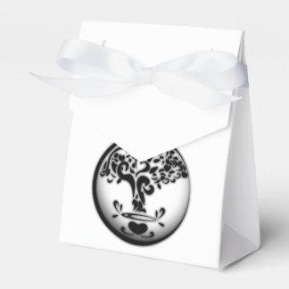 Congratulated treasure favour box
