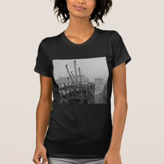 Construction of One Times Square New York City T-shirts