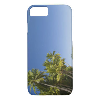 Cook Islands, Aitutaki. Polynesian canoe tour to iPhone 8/7 Case
