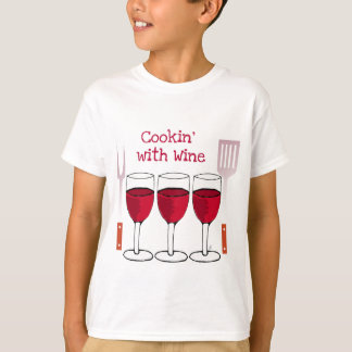 COOKING WITH WINE RED WINE AND BBQ TOOLS PRINT T-Shirt