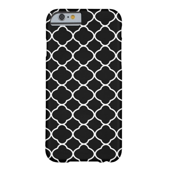 Cool Black and White Quatrefoil Tile Pattern Barely